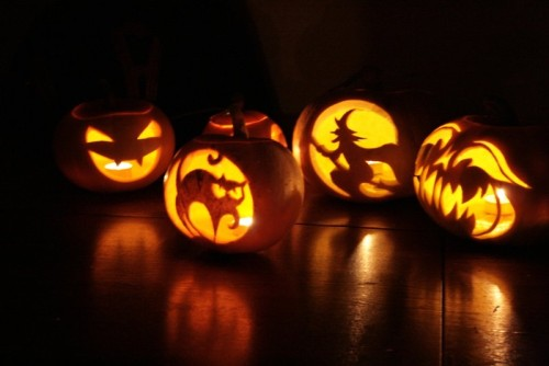 Halloween_Pumpkins_by_bartoszf