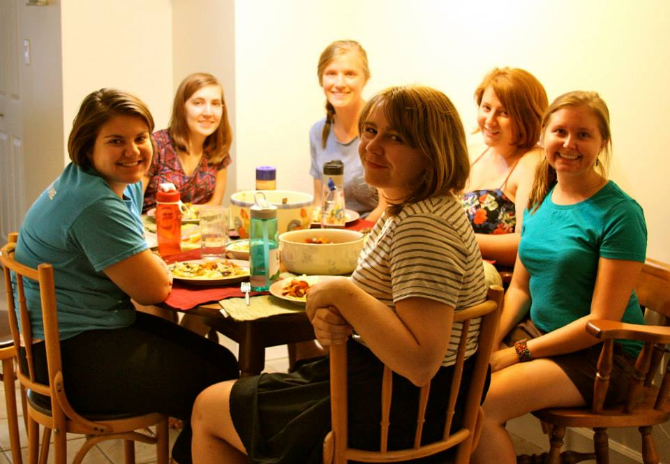 YAVs join together for a community meal. Photo credit: Amy Beth Willis