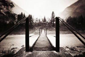 bridge-bw